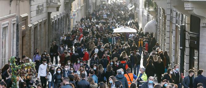 """Κορονοϊός: Σε """"λευκή ζώνη"""" τα δύο τρίτα των Ιταλών"""