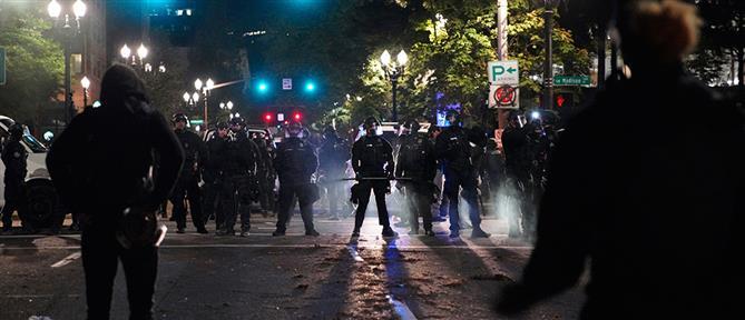 Βίαια επεισόδια στο Πόρτλαντ (εικόνες)