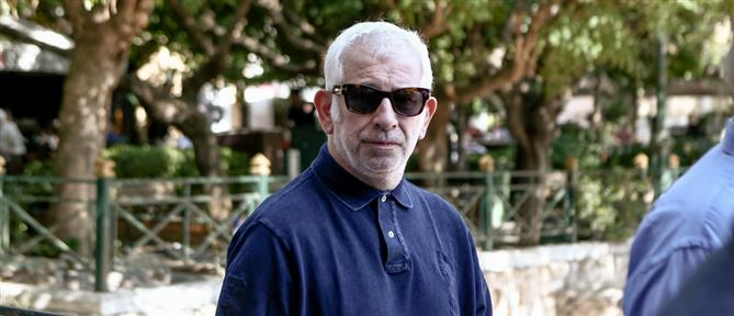 Πέτρος Φιλιππίδης: Στην αντεπίθεση μετά τις καταγγελίες για σεξουαλικές επιθέσεις (βίντεο)