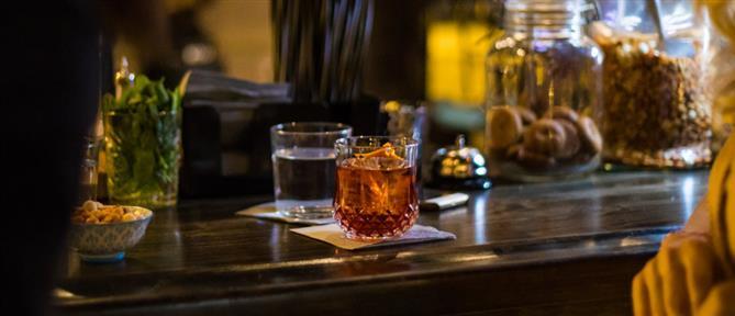 """""""Τέλος"""" οι όρθιοι στα μπαρ: Τι λένε στον ΑΝΤ1 καταστηματάρχες (βίντεο)"""