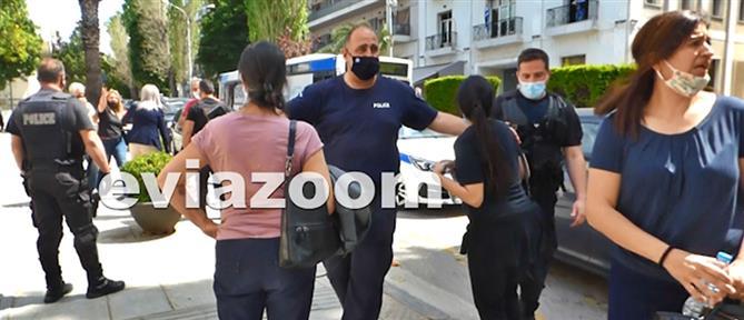 Δολοφονία Χούπη στη Ριτσώνα: Βρισιές και χειροδικίες μετά την αθώωση του κουμπάρου του (εικόνες)
