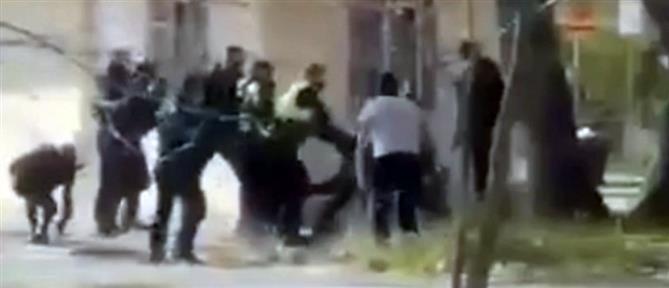 Συμπλοκή αστυνομικών με οπαδούς στο Νέο Κεραμίδι Πιερίας (βίντεο)