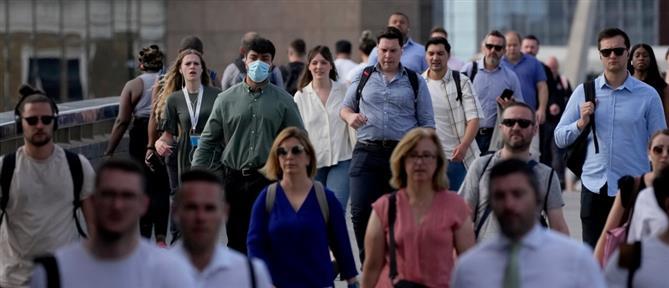 """Κορονοϊός - Βρετανία: """"Καμπανάκι"""" για την αύξηση κρουσμάτων"""