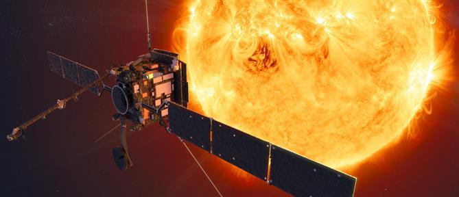 Σπάνιο: Το Solar Orbiter θα περάσει μέσα από τις ουρές του κομήτη Atlas