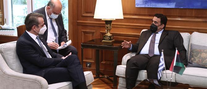 Μητσοτάκης – Αλ Μένφι συμφώνησαν για επανεκκίνηση συνομιλιών Ελλάδας – Λιβύης