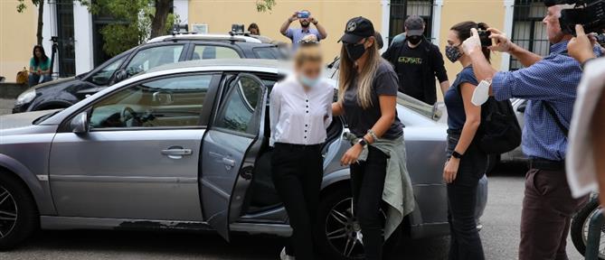 Διακίνηση κοκαΐνης: Στον ανακριτή το μοντέλο και ο σύντροφός της