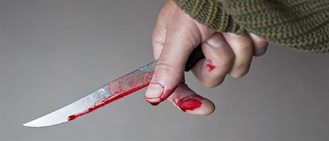 Χειροπέδες για το άγριο μαχαίρωμα