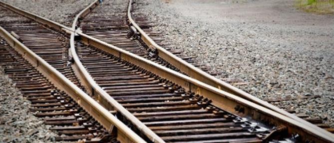 Νεκρός και τραυματίας στις γραμμές του τρένου