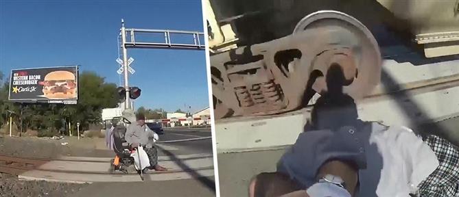 Ηρωίδα αστυνομικός έσωσε άνδρα σε αναπηρικό αμαξίδιο από διερχόμενο τρένο (βίντεο)