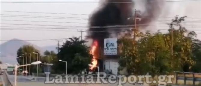 Αποθήκη έγινε παρανάλωμα του πυρός (βίντεο)