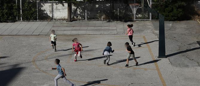 Καταγγελία της ΔΟΕ: Έλεγχοι της αστυνομίας σε σχολεία