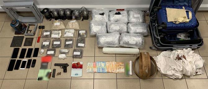 """Νέο """"χτύπημα"""" της ΕΛ.ΑΣ. σε μεγάλο κύκλωμα ναρκωτικών (εικόνες)"""