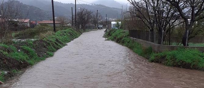 Πλημμύρες και κατολισθήσεις στην Εύβοια (εικόνες)