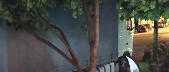 Μεθυσμένος οδηγός έσπειρε τον τρόμο σε πλατεία (εικόνες)
