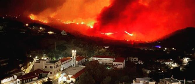 Φωτιά στην Κάρπαθο: Ενίσχυση των δυνάμεων της Πυροσβεστικής