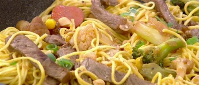 Noodles από τον Πέτρο Συρίγο