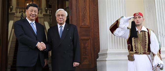 Παυλόπουλος – Τζινπίνγκ: θερμή υποδοχή στο Προεδρικό Μέγαρο