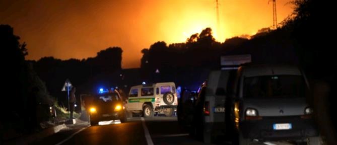 Σαρδηνία: τροχαίο προκάλεσε την τεράστια φωτιά (εικόνες)