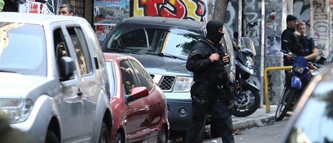 Βαριές κατηγορίες για τους συλληφθέντες στα Εξάρχεια
