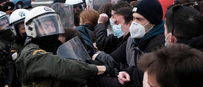 Θεσσαλονίκη: συλλήψεις διαδηλωτών στο φοιτητικό συλλαλητήριο (βίντεο)